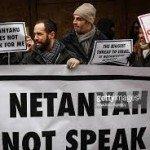 aksi protes warga Yahudi terhadap Netanyahu