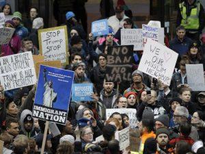 protes anti muslim ban