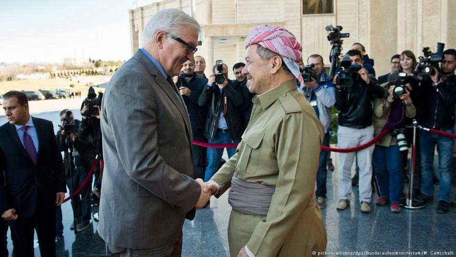 Menlu Jerman, Steinmeier, menjanjikan bantuan militer kepada Masou Barzani (KRG) di Erbil.