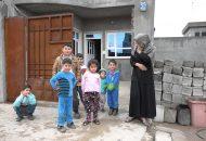 Perempuan Kurdistan dan 7 anaknya (Andre Vltchek)