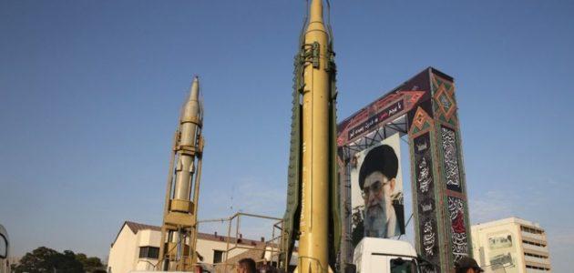 rudal iran dan poster syd khamenei