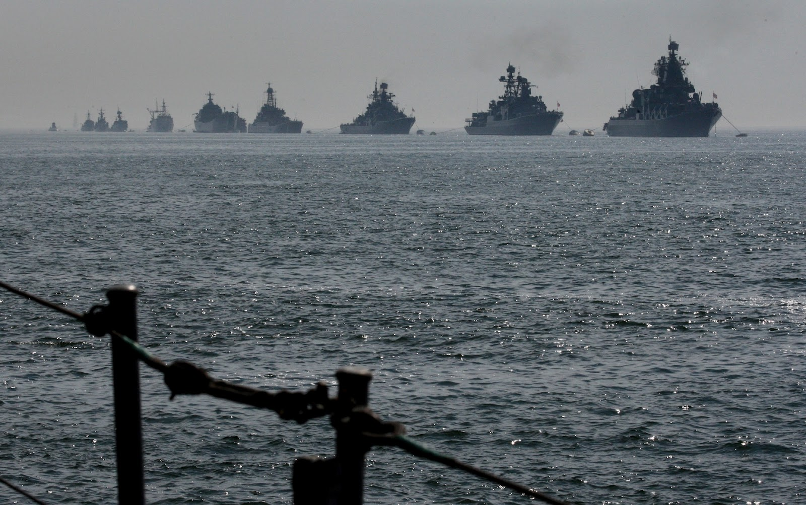 kapal perang rusia di tartus